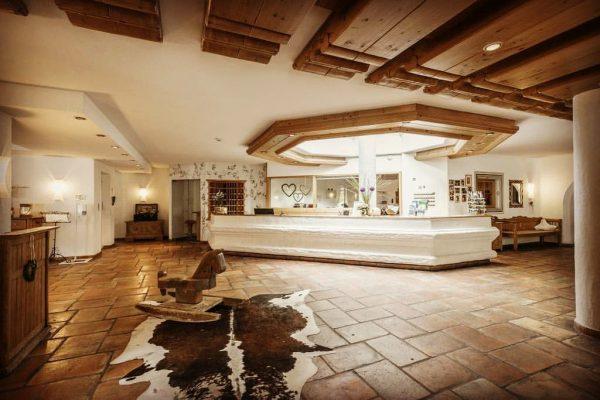 Genießen Sie das gemütliche, ansprechende Ambiente in unserem Haus! Time to check in! ...