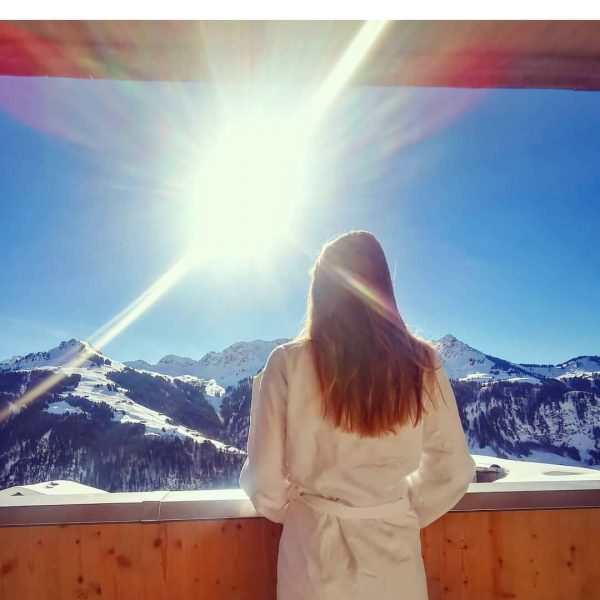 ☀️ #birthdaygirl #wellness #sun #february #mountains #snow #winter #dasschäfer #fontanella Fontanella