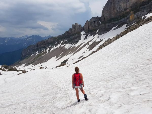 Auen-Hütte》Ifen-Hütte》 Hahnenköpfle》Hoher Ifen》Schwarzwasser-Hütte 2228 ⛰☀️⛰ #kleinwalsertal #allgäueralpen #mountain #outdoorgirl #schneefelder #mountaingirl #alps #hoherifen ...