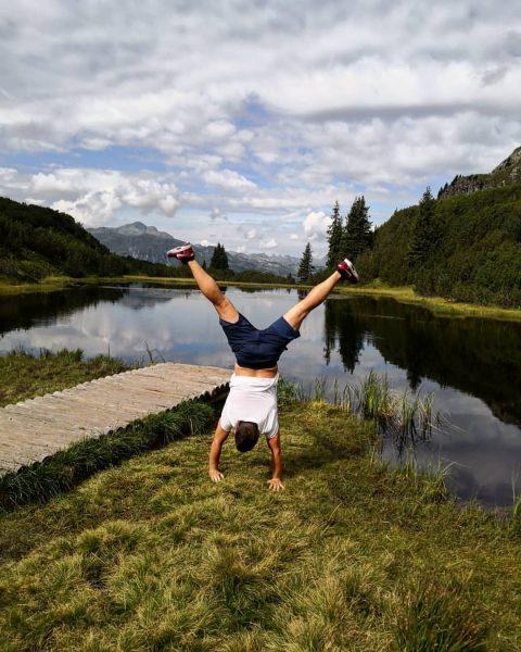 #wiegensee #hiking #sunday #mountains #naturelover #handstand #balance #calm #wanderlust Wiegensee