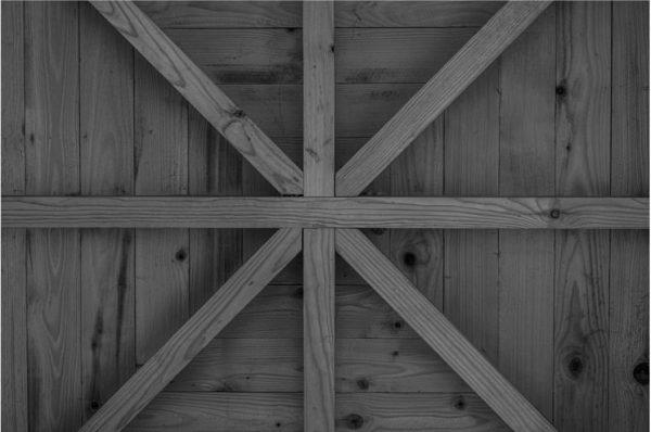 »Haltestelle Oberkrumbach« | Ein radikal einfacher, aber präzis gebauter Turm aus Holz. Gleichzeitig ...