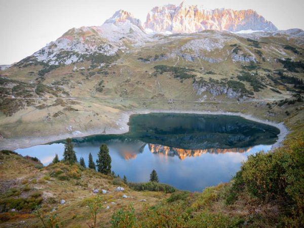 Formarinsee am Morgen! Nice 😊🏞️👍 #lechweg #trekking #zufuß #unterwegs #ostwestfalenidioten #ontour #outdoor #austria ...