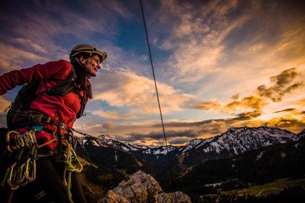 who by fire #sunsetclimbing #climbing #klettern #kletternmachtspass #dornbirn #vorarlberg #meinvorarlberg #visitvorarlberg #ebnit #canon5dmarkiv ...
