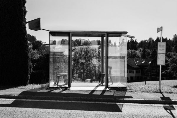 »Haltestelle Zwing« | Ein Entwurf mit Referenz an die Bregenzerwälder Stube. Architekt: Smiljan ...