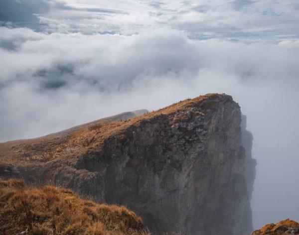 🗻 #autumnmood #foggy #alpen #alps #mountain #natue #hiking Hoher Ifen