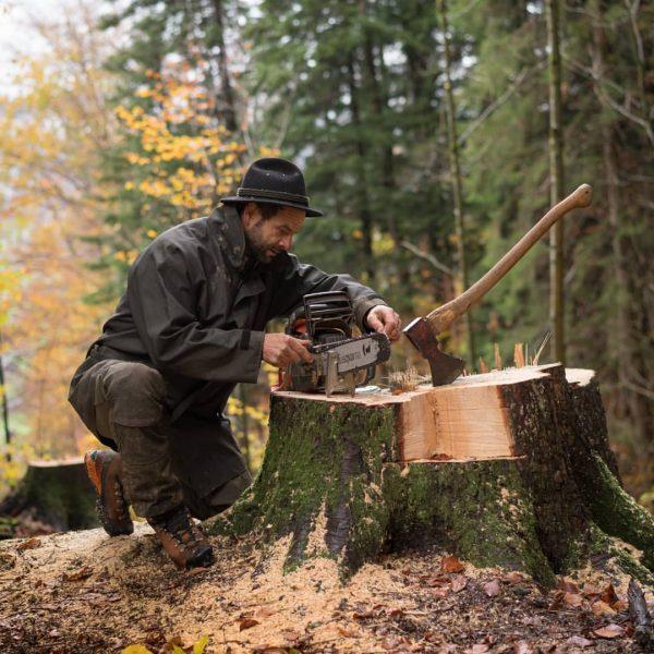 Waldarbeit #bregenzerwald #vorarlberg #waldaufseher #forstwirt Andelsbuch