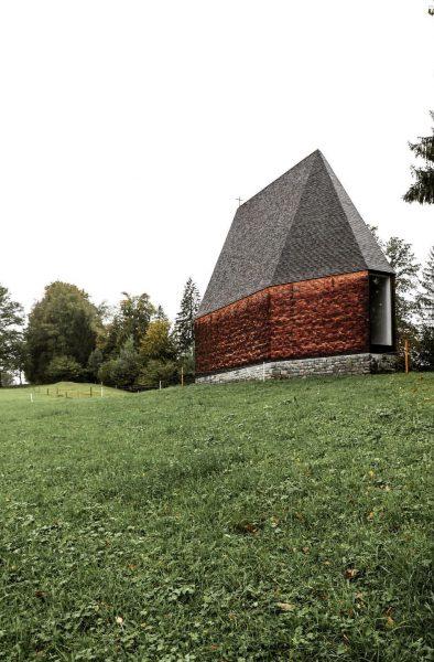 Lourdeskapelle Salgenreute Krumbach - Vorarlberg 10/19 #architecture #architecturephotography #landscapephotography #vorarlbergarchitecture #woodarchitecture #sacredarchitecture #timberstructure ...