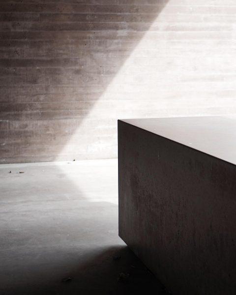 Licht und Schatten. . . . #architecture #interior #design #bernardobader #islamiccementery Islamischer Friedhof ...
