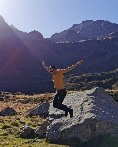 #Silvretta #SilvrettaMontafon #SilvrettaHochalpenStrasse #Austria #Mountains #AustrianMountains #PiReto3 #Weekend #OnRunning #OnShoes #RunOnClouds #Jump #Sun ...