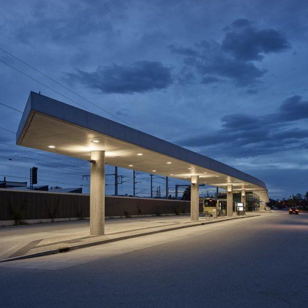 ... bahnhof rankweil ... ... für @ostertag_architects ... #vorarlberg #bahnhof #railwaystation #öbb #architecturephotography ...