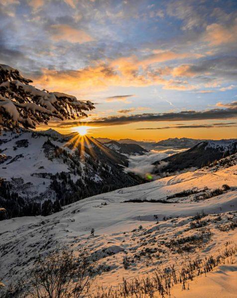 Stunning sunset today!! 📸🔥 . . . . . #sunset #photography #photographer #visitbregenzerwald ...