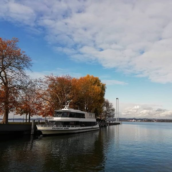 MS Alpenstadt Bludenz im Herbst in Bregenz #bodensee #österreich #visitvorarlberg #visitbregenz #see #lakeofconstance ...