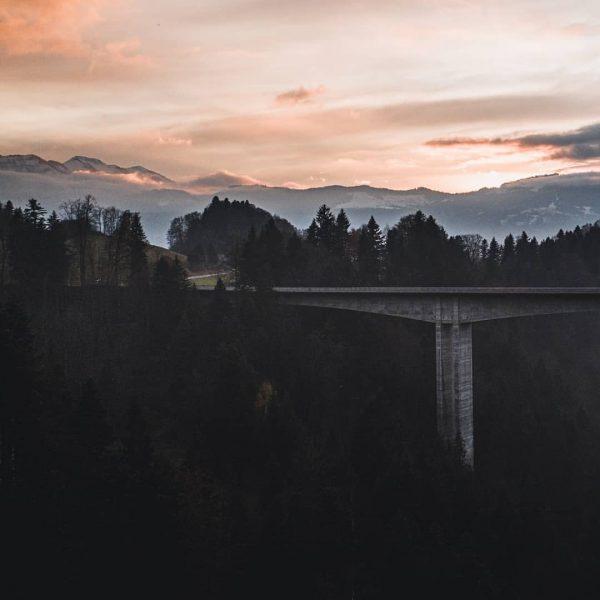 Building bridges. 🏗 . . . #faqbregenzerwald #whatthefaq #egg #lingenau #großdorf #bregenzerwald #visitbregenzerwald ...