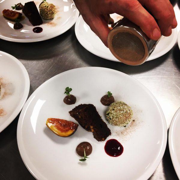 Schön, wenn Bildung ein Genuss ist: Beim Arbogaster Slow-Food-Abend zum Thema Hülsenfrüchte gab ...