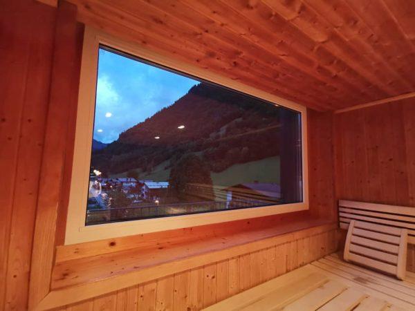 Alpine Lodge. Spadream. Sauna mit Weitblick. @prilaga #explore #prilaga #eachyfeet #amazingphil #travelphoto #instapassport ...