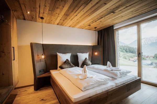 #rufanaalpin #rufanaalp #rufana #nice #enjoylife #hochzeitslocation #bedroom #seelebaumelnlassen #visitvorarlberg #mountains #holiday #vacation #waitingfordecember ...