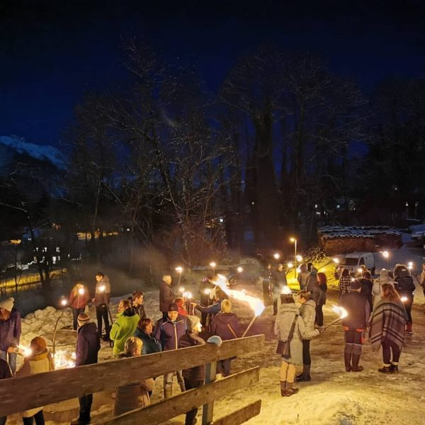 Ein paar Eindrücke von der Klostertaler Genusstour 🍵🌟 #feinesfürdengaumen #eierlikörmitsahne #fackelwanderung #alpenregionbludenz #stockfeuer ...