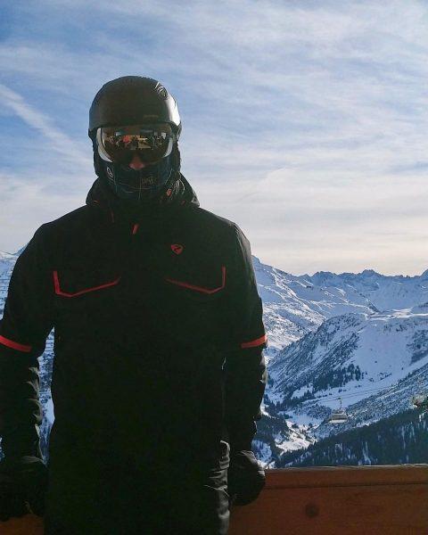 #lechamarlberg #österreich #ski #worklifebalance #kriegerhorn #learningbydoing #urlaubsfeeling #postlech #hashtag wenn die Berge 🏔 ...