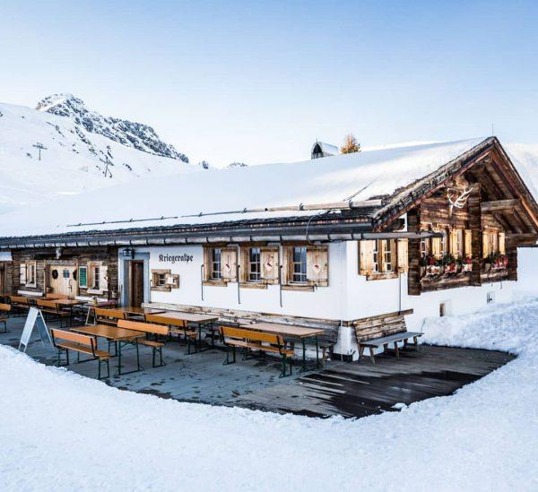 Kriegeralpe - Die wohl schönste Alp-Hütte am Arlberg. Ingo und sein Team freuen ...