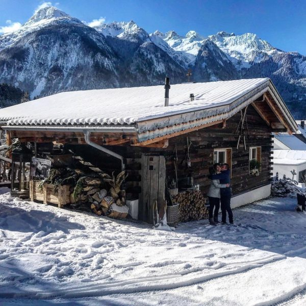 #chalet_alpentraum_bludenz #bloggerlifestyle #travelblogs #alpinetravel #mountainchalet #luxurytravelblog #alpensucht #bloggersofig #dreamholidays #instagoodblogger #chaleturlaub #explorevorarlberg #letsfeelthemoment ...