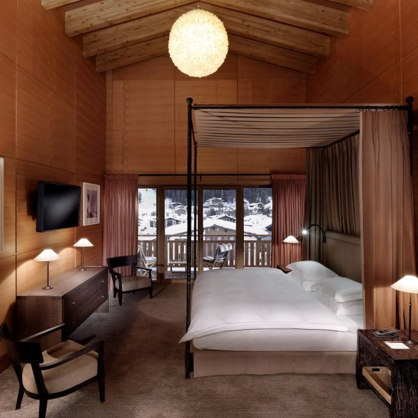 Let the winter season begin ❄️ #winteropening #aureliohotel #aureliolech #aureliosuite #booknow #luxuryhotel #lechzuers ...