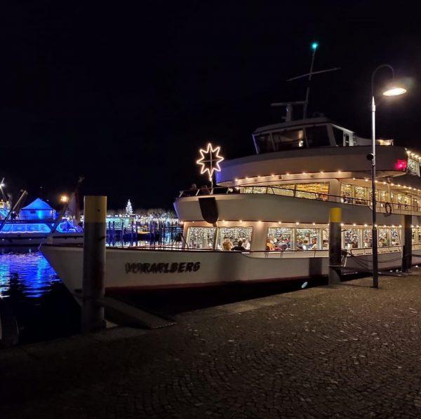 Heute bei der Fahrt zum Weihnachtsmarkt nach Konstanz wurden diese wunderbaren Bilder gemacht, ...