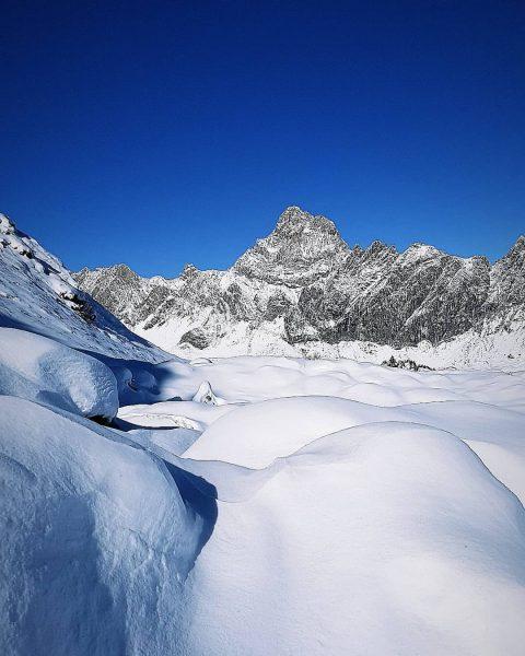 Ein schönes Sonnenbad schon immer Wunder tat.😍... Zitat von Willi (Biene Maja) #skileher4you.at ...