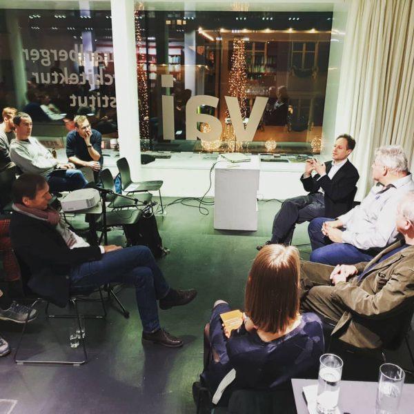 Abschlussdiskussion unserer #impulsvorträge. Moderation: Barbara Fontana Dank dem @vai_architektur_institut das uns auch heuer ...