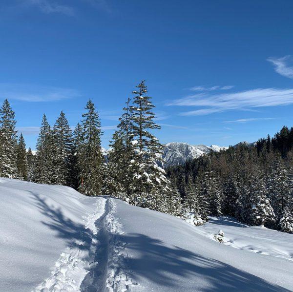 Auszeit nehmen ☺️. Die Tschengla präsentiert sich im schönsten Winterkleid.... Efach schö 🥰 ...