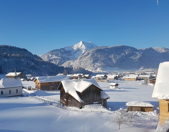 Vorfreude auf einen schönen Winter . . . . . #baumgarten #seilbahnbezau #winterromantik ...