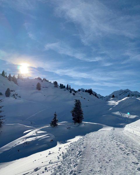 Perfect day! #nature #landscape #warth #visitvorarlberg #breathaustria #naturlover #naturphotography #winterwonderland #warthschröcken #salober #körberseeweg ...