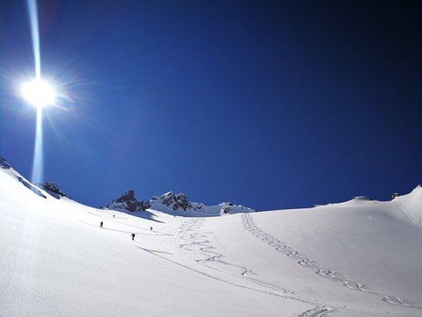 ✨ So in love with #arlberg! 😍 #skiarlberg #ski #skidreams #grandresortzürserhof #grandresort #zürserhof ...