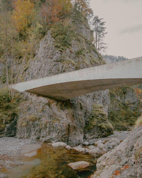 Schanerlochbrücke by @marte.martearchitects Vorarlberg