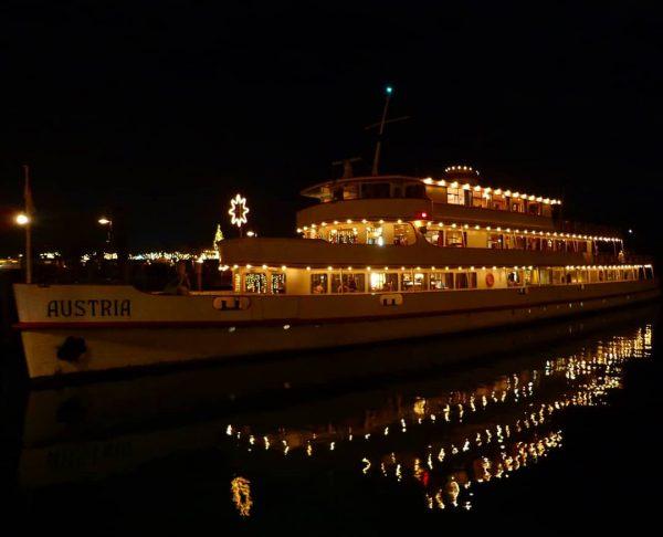 Wünsche euch alle da draußen,ein frohes,besinnliches und ruhiges Weihnachtsfest mit dem Weihnachtsschiff MS ...