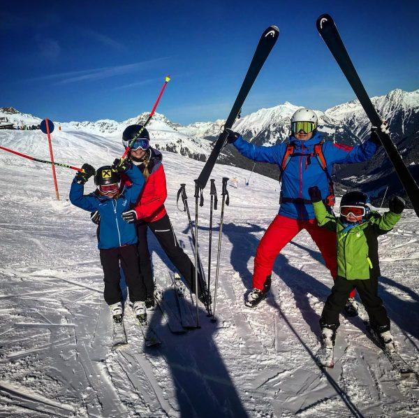 a beautiful familyday @gargellen 💪🏻😎🎿⛷ . . . #winter #ski #skikids #skiing #skifun ...