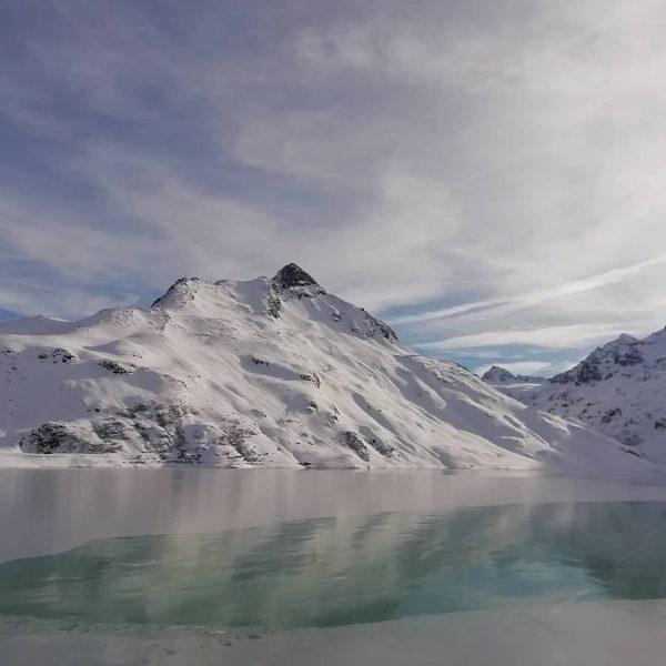 Silvrettastausee mit blick Richtung Pizpuin #butyfull #pizbuin #silvrettastausee #silvrettabielerhöhe #tirol #berge #montan #wetter ...