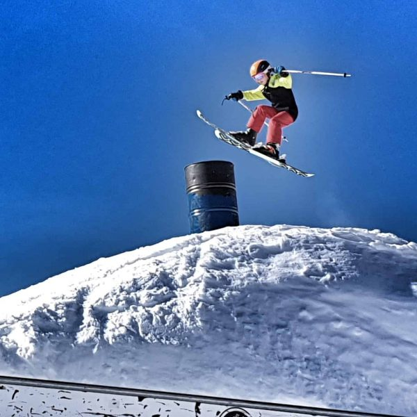 A great day for a great jump! Go on! #Brandnertal #backyards #funpark #skijumper