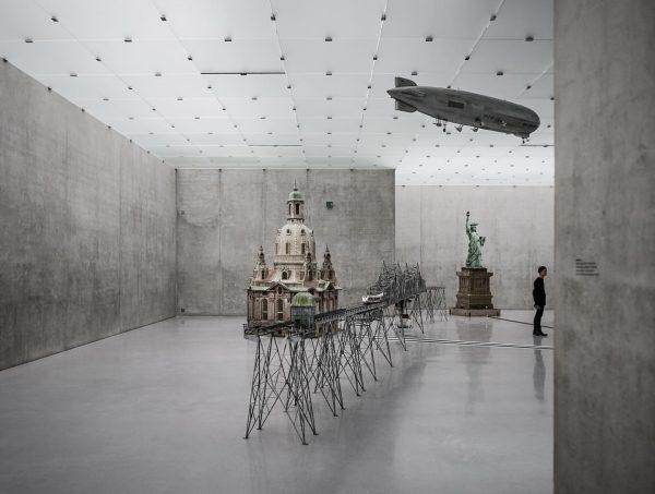 @rada_vogel @kunsthausbregenz #bregenz #kunst #kub #austria #architecture #architecturephotography #peterzumthor @peter_zumthor_ #connévandgrachten #bodensee #raphaelavogel ...