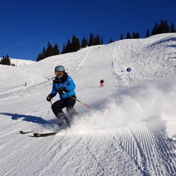 der letzte Schwung vor dem Einkehrschwung. Ich liebe diese Skitage - das knirschen ...