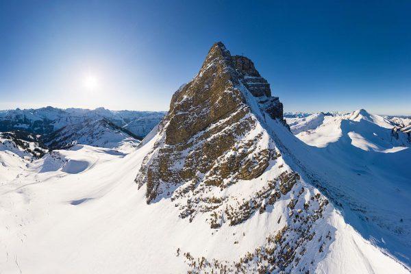 #visitbregenzerwald #damuels #vorarlberg #visitvorarlberg #bestmountainartists #skiing #hiking #traveling #walden_mag #alpen #alpenliebe #berge #mountains #winterlandscape #ig_austria #alpenpanorama #alpenblick...
