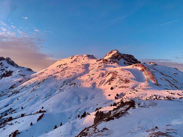 Schön wars! . . . #lech #lechamarlberg #lechzuers #skilaufen #skiing #happy2020 #winter #sundown ...