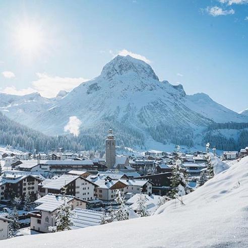 My favorite mountain-Omesberg #lech #vorarlberg #alps #austria #österreich #winterwonderland #winter #winterishere #snow #bestofthealps ...