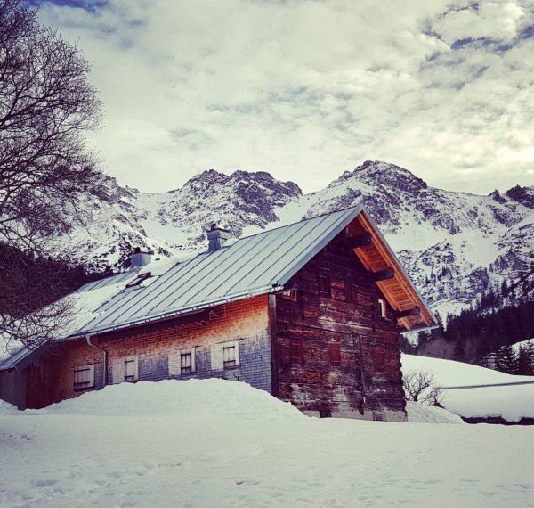 De Untere Wiesalpe in het #Wildental s'Winters gesloten maar wat een plaatje! We ...