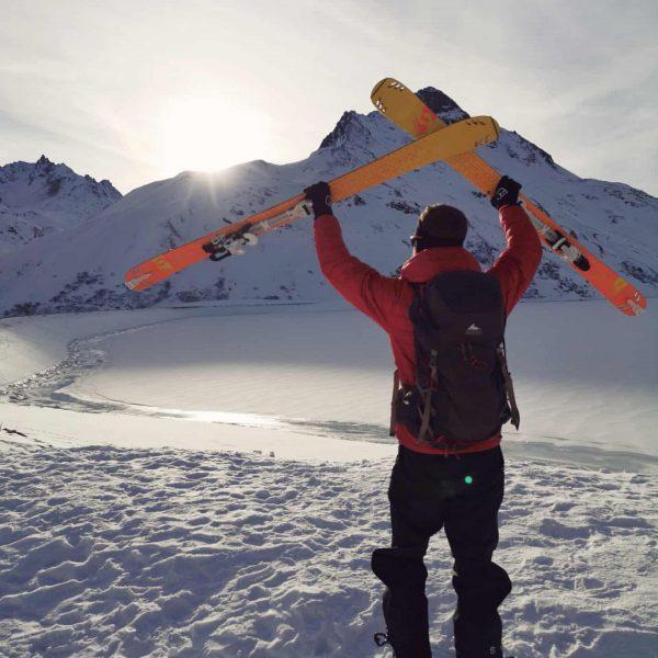 Welcome to my Winterwonderland ❄ ▪️ #meintraumtag #ortovox #myortovoxstory #krxln #scott #bielerhöhe #wintermitwow ...