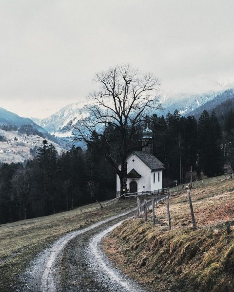 Übersaxen.: #chapel #church #landscape #vorarlberg #vorarlbergwandern #alps #alpsmountains #wandern #hiking #moutains #road #moutainroad ...