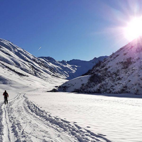 ❤️...Läuft...❤️ #snow #alps #alpen #aussicht #berge #schnee #austria #vorarlberg #sun #mountains #home #natur ...