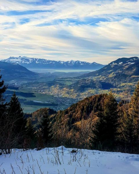 Top #aussicht runter vom #muttersberg Rauf und runter #zufuss oder mit der #gondelbahn ...