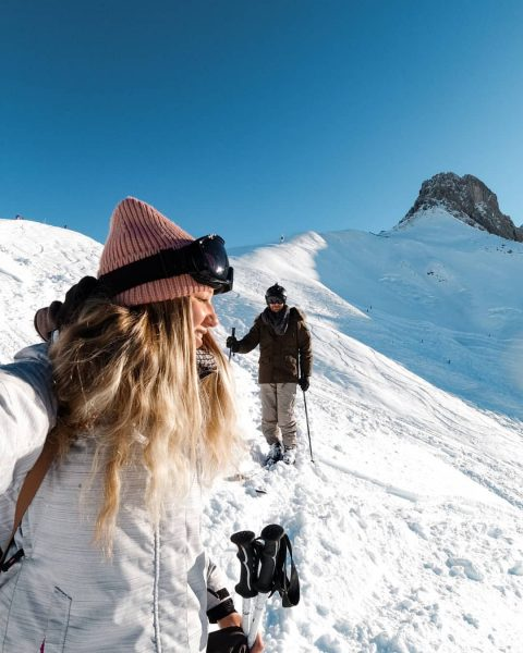 Follow me up to the highest point of the mountain 🎿 . Ob ...