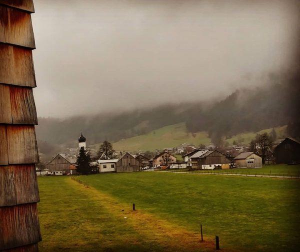 #andelsbuch #schtûbat #winter #niebla Andelsbuch
