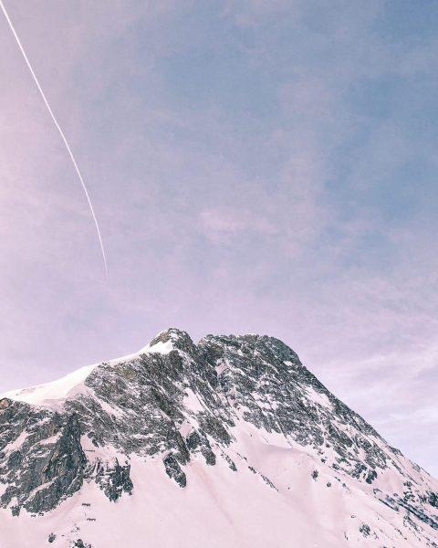 @ingibjorgf thanks for the beautiful pictures! #auroralech #lechamarlberg #arlberg #bergefürdieseele #lifeisbetterinthemountains #winter #skiing ...